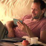 Tips Asik Nonton Film di Smartphone