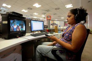 Internet kantor tercepat untuk download film