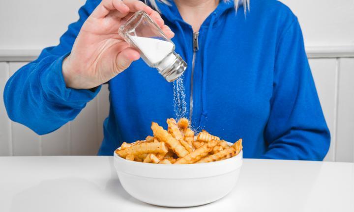 Dampak negatif banyak makan garam