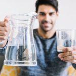 Jarang Minum Air Putih? Waspadai Masalah Kesehatan Ini!