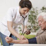 Pentingkah Asuransi Kesehatan untuk Orangtua?