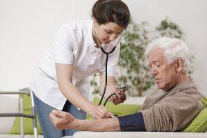 asuransi kesehatan untuk orang tua