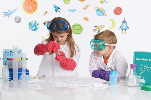 meningkat minat anak akan sains