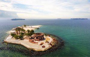 Wisata pulau Onrust Jakarta