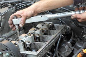 merawat mobil truk diesel