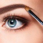 Menyeimbangi Bentuk Wajah dengan Bantuan Makeup Alis