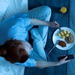 Kenali Efek Suka Makan Terlalu Malam