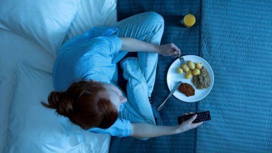 makan terlalu malam