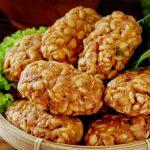 Intip Cara Pembuatan Kuliner Malang, Mendol Tempe, Yuk!